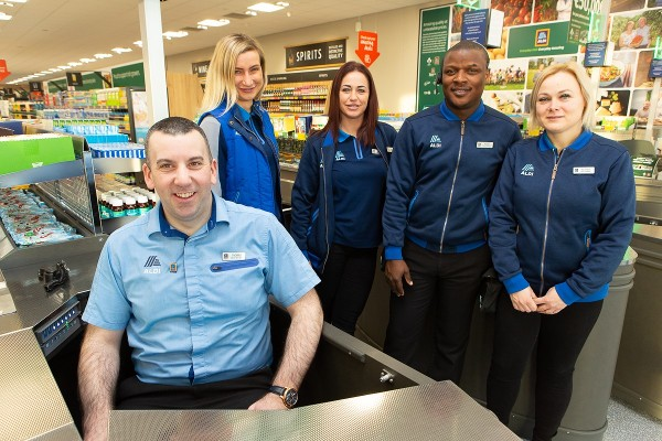 """Aldi opens new Laytown """"Project Fresh"""" store creating 20 new jobs"""