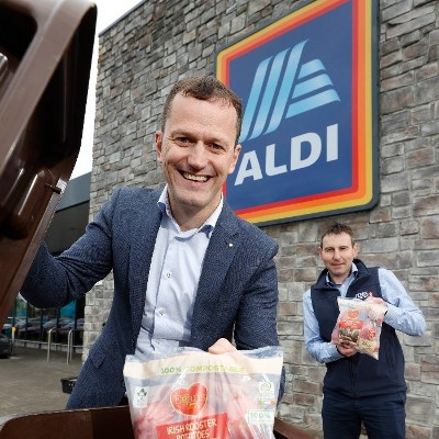 Aldi is the first retailer in Ireland to introduce 100% home compostable bags  for Irish Rooster Potatoes