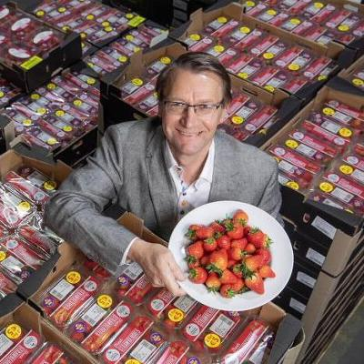 BWG takes delivery of the first of the Irish strawberries to hit the shelves for the season