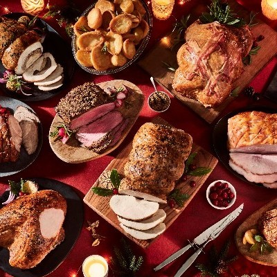 ICELAND IRELAND LAUNCHES ITS FIRST REDUCED PLASTIC PACKAGING CHRISTMAS DINNER WITH PLASTIC PACKAGING REMOVED COMPLETELY FROM 14 PRODUCTS