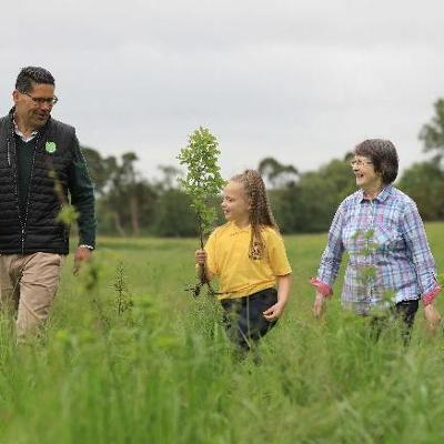Applegreen meets 100,000 native tree planting target to support the Woodland Environmental Fund