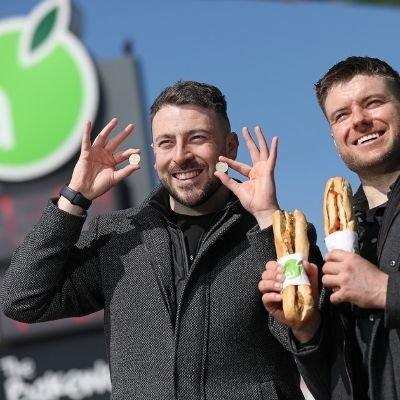 Applegreen challenges comedy duo 'The 2 Johnnies' to design new limited-edition 100% Irish chicken fillet roll