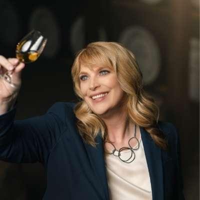 Bushmills Master Blender recognised as legend of Irish whiskey
