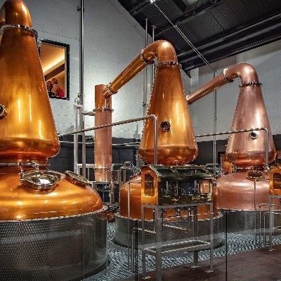 A NEW ERA FOR IRISH WHISKEY DAWNS AS TÁNAISTE OPENS THE DUBLIN LIBERTIES DISTILLERY